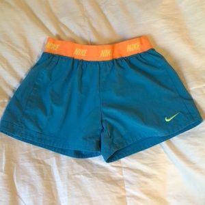 Kids medium Colorful Nike shorts
